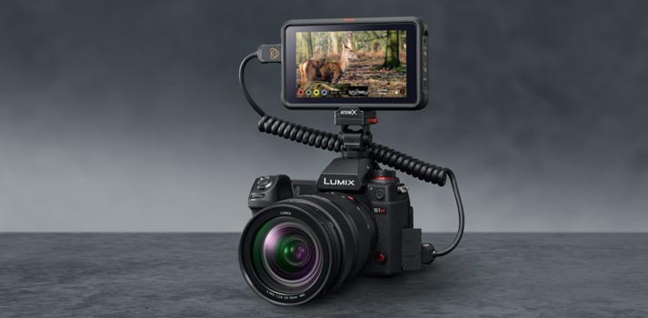 Lumix S1H Panasonic camera with an Atomos recorder attached