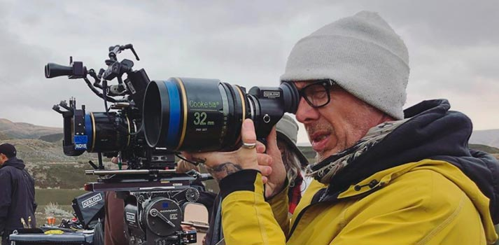 Lost In Space Cinematographer Sam McCurdy shooting with Cooke lenses