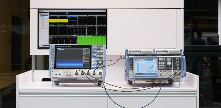 Setup by Rohde & Schwarz for cross channel measurements up to 4x4 MIMO on 5G transmissions