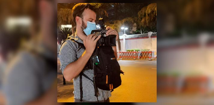 Journalist with Aviwest pro3 solution