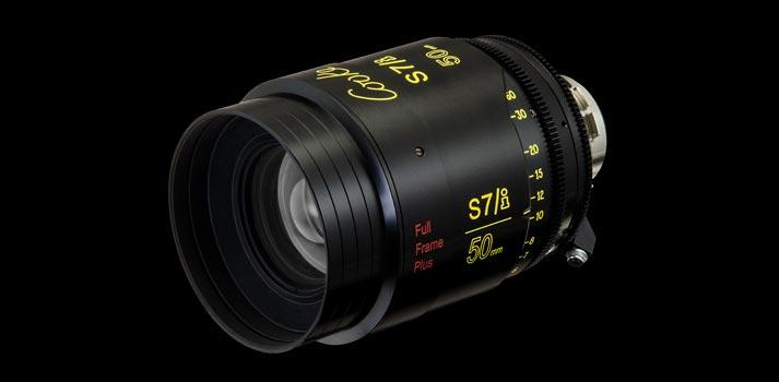 Black background w Cook S7/i Full Frame Plus Lense