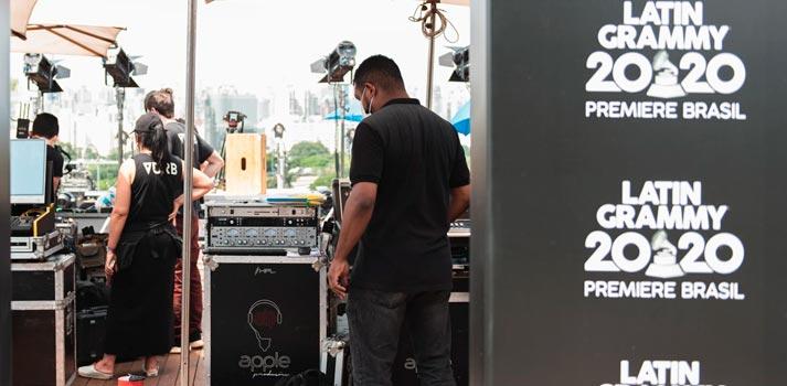 """Latin Grammy Brazil ceremony """"Premiere Brazil"""" crew"""